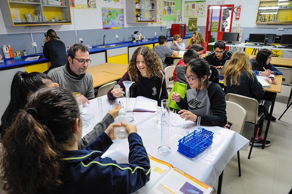 colexio_guillelme_brown-ensinanza-ideario-laboratorio